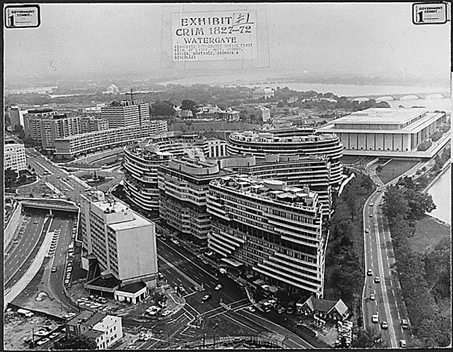 Black and white photograph of the Watergate office complex.