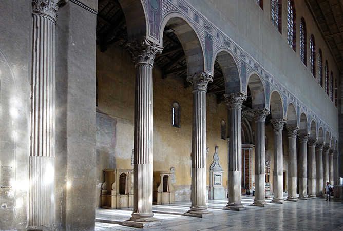 View of the aisle, Basilica of Santa Sabina, c. 432 C.E., Rome