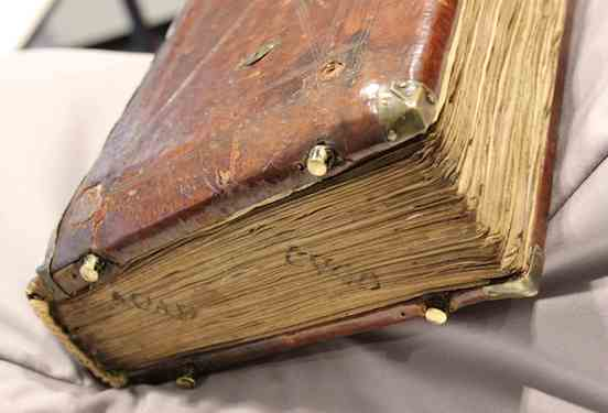 "Late medieval bookbinding with ""feet,"" Leiden, University Library, BUR MS Q 1, c. 1100 (photo: Erik Kwakkel)"