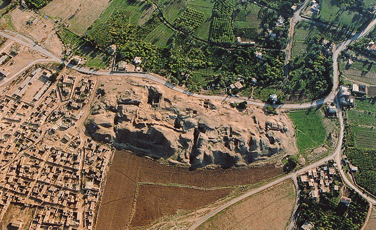 Tell es-sultan, Jerico archaeological site from the air (photo: Fullo88, public domain)