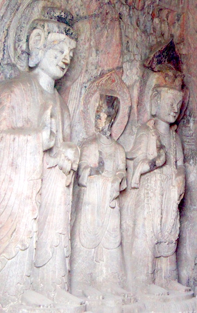 Bodhisattvas and disciples, Central Binyang Cave, 508–523 C.E., Longmen Caves, Luoyang, China, photo: jordan pickett (CC BY-NC-SA 2.0)