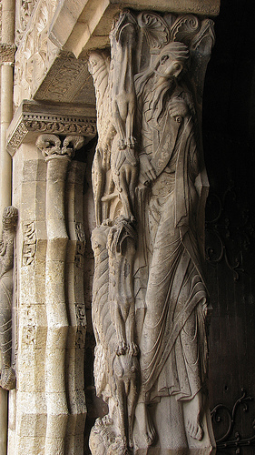 Old Testament prophet (Jeremiah or Isaiah?), right side of the trumeau of the south portal of Saint-Pierre, Moissac, c. 1115-30 (photo: Nick Thompson, CC BY-NC 2.0)