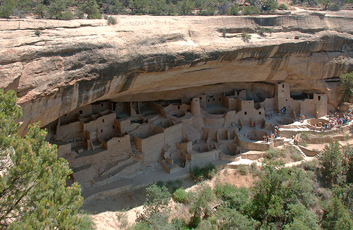 Cliff Palace, Ancestral Puebloan (formerly Anasazi), 450–1300 C.E., sandstone, Mesa Verde National Park, Colorado