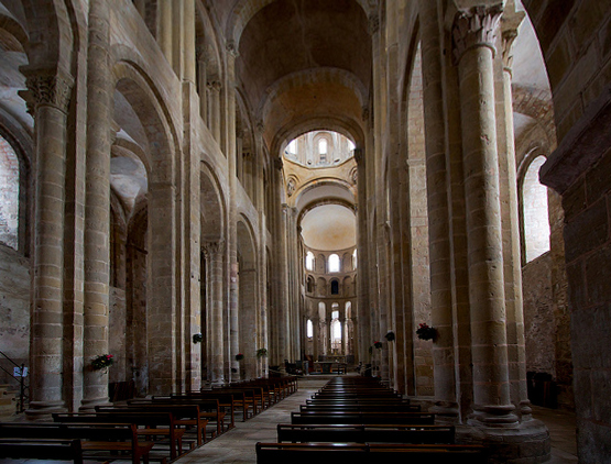Church of Sainte‐Foy, Conques, France, c. 1050–1130, photo: Manuel Alende Maceira (CC BY 2.0)