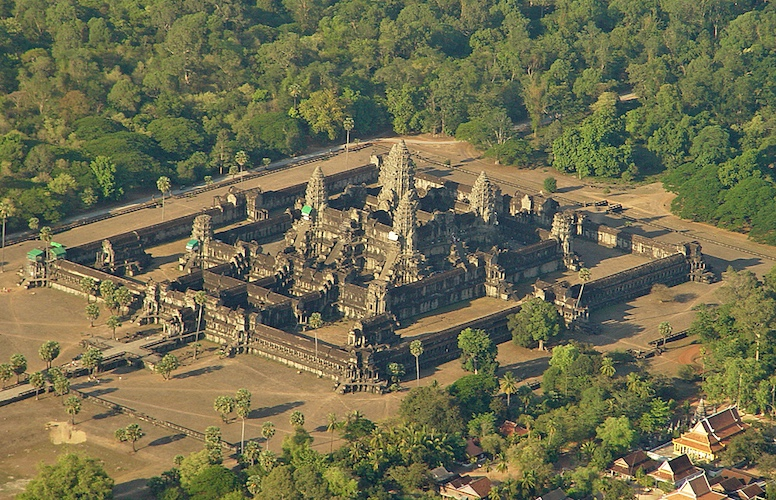Aerial view, Angkor Wat,Siem Reap, Cambodia, 1116-1150 (photo: Peter Garnhum, CC BY-NC 2.0)