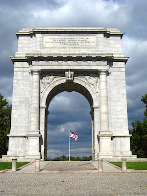 Paul Philippe Cret, The National Memorial Arch In Valley Forge Park in Pennsylvania, erected 1910