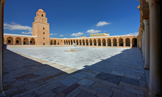 Courtyard, Great Mosque of Kairouan, Tunisia (photo: Andrew Watson, CC BY-SA 2.0) Sahn and minaret, Great Mosque of Kairouan, c. 836-75 (photo: Andrew Watson, CC BY-SA 2.0)
