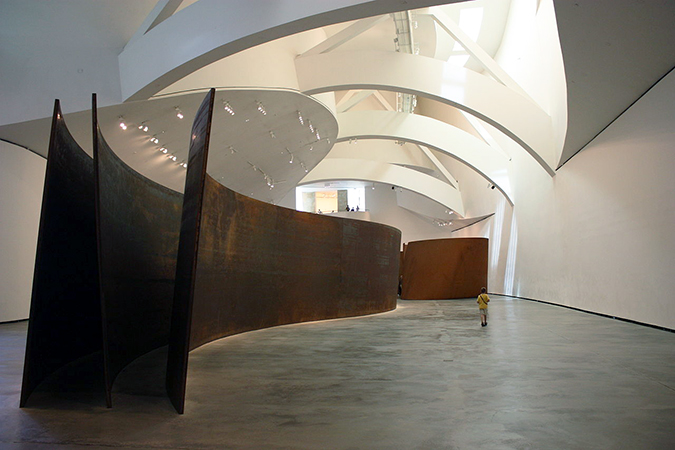 "Richard Serra, Snake, 2005, ""The Matter of Time"" sculptures in the ""boat gallery,"" Guggenheim Museum Bilbao (photo: Ardfern, CC BY-SA 3.0)"
