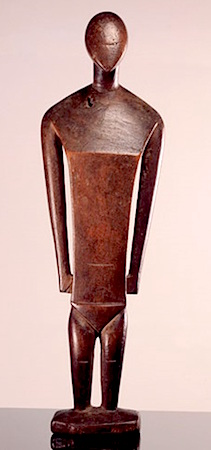 Female Figure, Nukuoro, Caroline Islands, Micronesia, 18th-19th century, wood, 40.2 cm high (Barbier-Mueller Museum)
