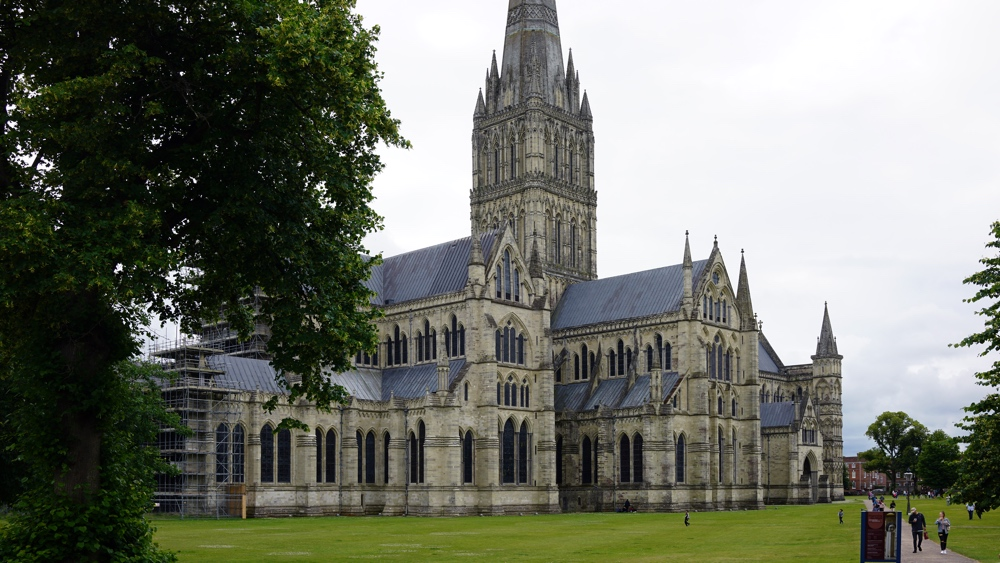 Salisbury Cathedral Article
