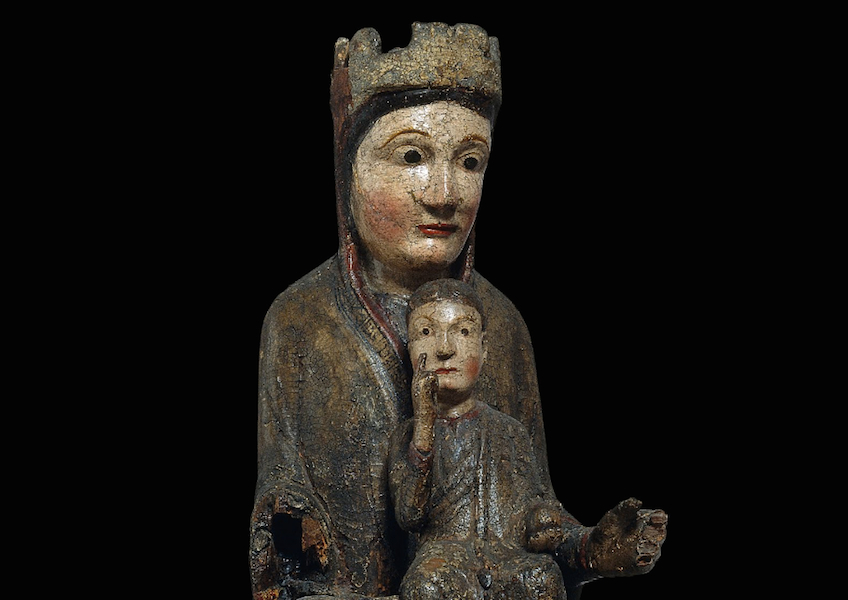Detail, Virgin from Gósol, 2nd half of the 12th century, wood carving with polychrome and remains of varnished metal plate, 39.5 x 32 cm (Museu Nacional d'Art de Catalunya, Barcelona)