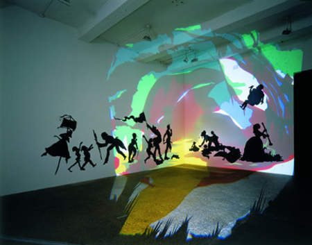 Kara Walker, Darkytown Rebellion, 2001, cut paper and projection on wall, 4.3 x 11.3m, (Musée d'Art Moderne Grand-Duc Jean, Luxembourg) © Kara Walker