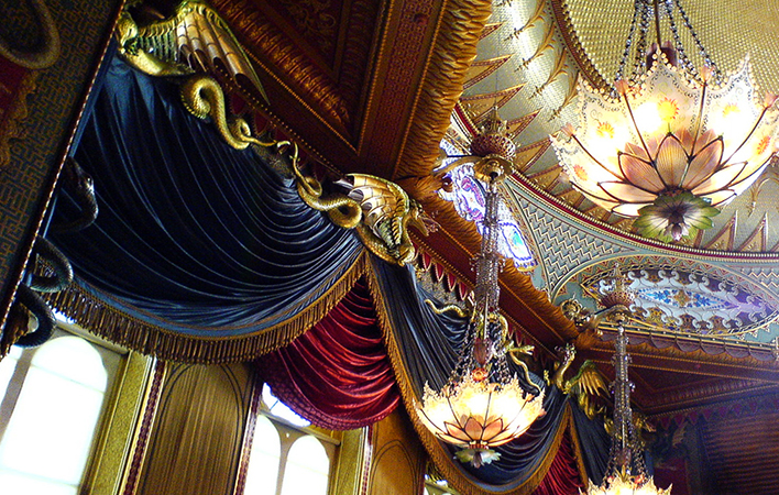 Music Room, Brighton Pavilion (photo (edited): Richard Rutter, CC BY 2.0)