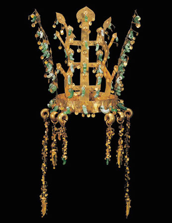 "Crown, Silla kingdom, second half of 5th century, gold and jade, excavated from the north mound of Hwangnam Daechong Tomb, 10 3/4"" / 27.3 cm high (Gyeongju National Museum, Korea, National Treasure 191)"