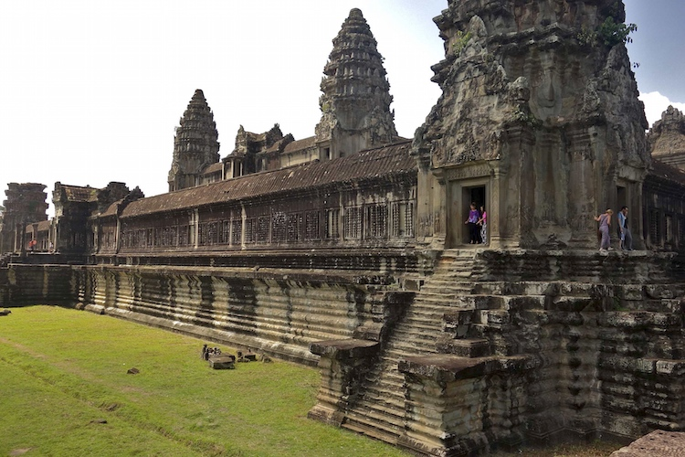 Angkor Wat. Siem Reap, Cambodia, 1116-1150 (photo: Benjamin Jakabek, CC BY-NC-ND 2.0)