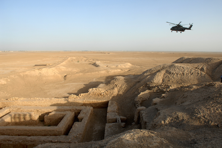 Archaeological site at Uruk (modern Warka) in Iraq (photo: SAC Andy Holmes (RAF)/MOD)