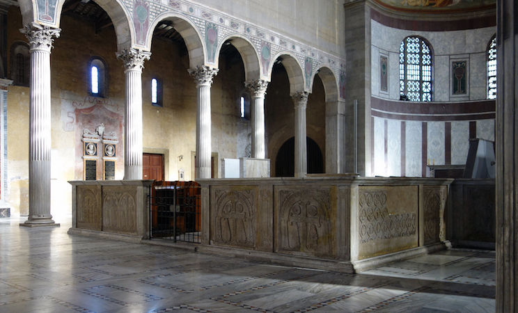Chancel (9th century), Basilica of Santa Sabina, c. 432 C.E., Rome (photo: Steven Zucker, CC BY-NC-SA 2.0)