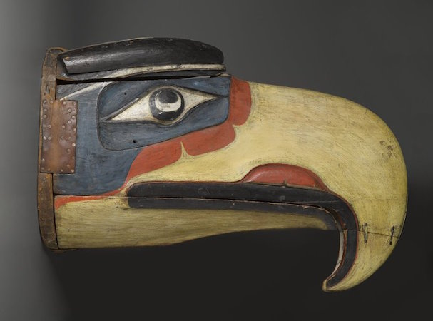 'Namgis artist (of the Kwakwaka'wakw), Thunderbird Mask closed, 19th c., from Alert Bay, Vancouver Island, British Columbia, Canada, cedar, pigment, leather, nails, metal plate, 78.7 x 114.3 x 119.4 cm open; 52.1 x 43.2 x 74.9 cm closed (Brooklyn Museum)