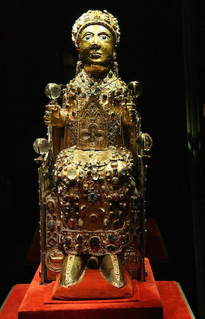 Reliquary statue of Sainte-Foy (Saint Faith), late 10th to early 11th century with later additions, gold, silver gilt, jewels, and cameos over a wooden core, 33 1/2 inches (Treasury, Sainte-Foy, Conques) (photo: Holly Hayes, CC BY-NC 2.0)