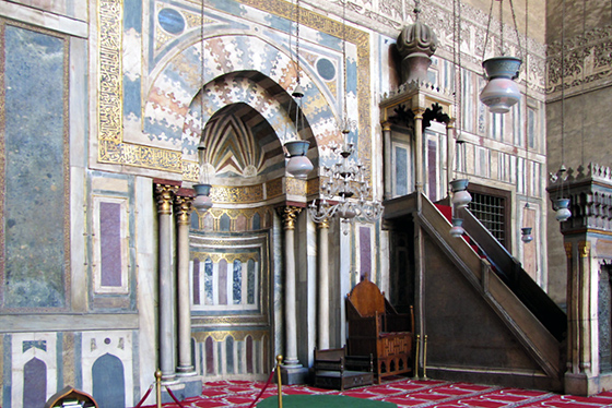 Mihrab & minbar, Mosque of Sultan Hassan, Cairo, 1356-63 (photo: Dave Berkowitz, CC BY 2.0)