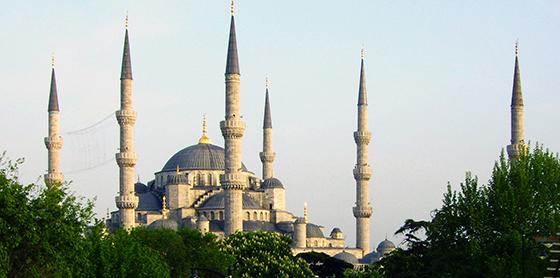 Vista de los minaretes de la Mezquita Azul, Estambul (foto: Graham Bould)