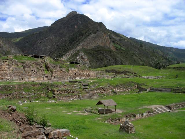 Archaeological site of Chavín de Huántar (photo: Sharon odb, CC BY-SA 3.0)