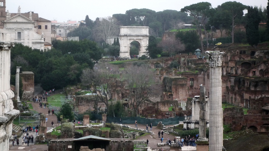 View across the Roman Forum (Forum Romanum) to the Arch of Titus (photo: Steven Zucker, CC BY-NC-SA 2.0)