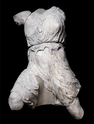 Figure of Iris from the west pediment of the Parthenon, c. 438-432 B.C.E., marble, 135 cm high (The British Museum)