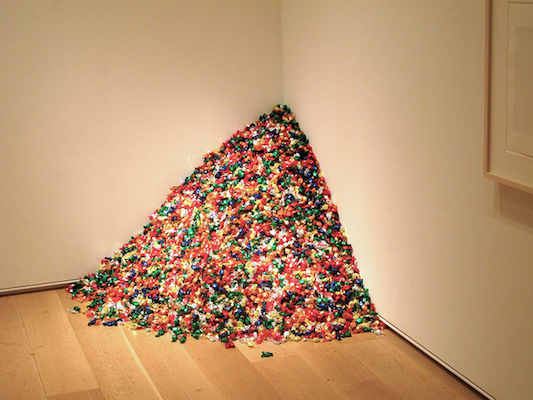 "Felix Gonzalez-Torres, ""Untitled"" (Portrait of Ross in L.A.), 1991, multicolored candies, ideal weight 75 lb, dimensions variable © The Felix Gonzalez-Torres Foundation (photo: henskechristine, CC BY-NC-ND 2.0)"