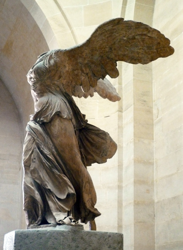 Nike (Winged Victory) of Samothrace, c. 190 B.C.E. 3.28m high, Hellenistic Period, marge, (Musée du Louvre, Paris)
