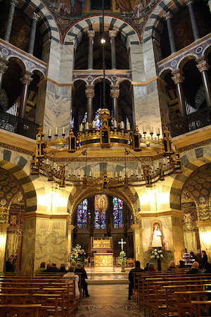 Interior of the Palatine Chapel of Charlemagne, Aachen, Germany, 792-805 (photo: Elena, CC BY-NC-SA 2.0)