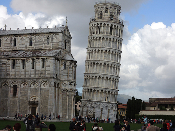 Bell tower, Pisa (photo: bombman, CC BY 2.0)