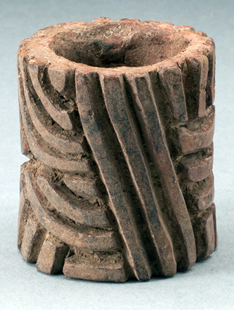 Roller Seal, c. 800-400 B.C.E., Olmec (found Veracruz or Tabasco, Gulf Coast, Mexico), ceramic and pigment, 7.6 x 5.4 cm (Art Institute of Chicago)