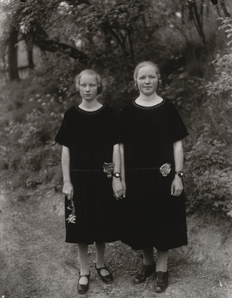 August Sander, Sisters, 1927, gelatin silver print, 33 x 24.5 cm (The Museum of Modern Art, New York)