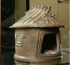 Etruscan hut urn (c. 800 B.C.E.), impasto (Vatican Museums)