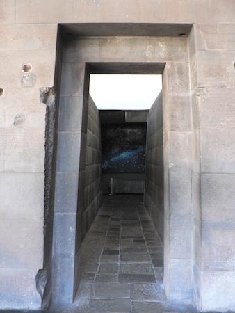 Double-jambed door, Qorikancha, Cusco, c. 1440-1540 (photo: Sarahh Scher, CC BY-NC-SA 2.0)