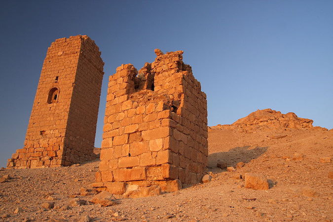 Tower tombs, Palmyra, Syria (photo: James Gordon, CC BY 2.0) https://commons.wikimedia.org/wiki/File:Tower_tombs,_Palmyra,_Syria_-_1.jpg