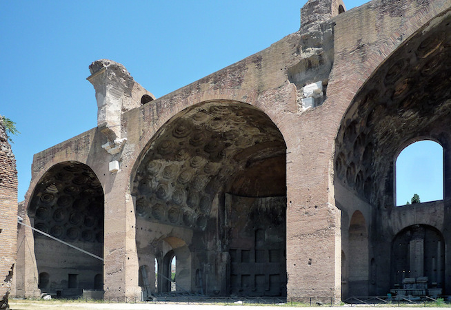 View of central nave and two side aisles, Basilica of Maxentius and Constantine (Basilica Nova), Roman Forum, c. 306-312 C.E. (photo: Steven Zucker, CC BY-NC-SA 2.0)