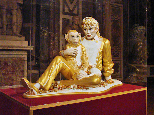 Jeff Koons, Michael Jackson and Bubbles, 1988, ceramic, glaze and paint, on view at Versailles, 2014 (photo: Jean-Pierre Dalbéra, CC BY 2.0)