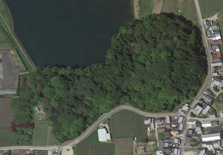Hashihaka Kofun, Sakurai city, 3rd century (photo: Google earth, Imagery ©2015 Google, Map Data, ©2015 Zenrin)