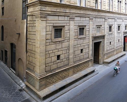 Leon Battista Alberti, Palazzo Rucellai, c. 1446-51, Florence (Italy) (photo: John Galanti, CC BY 2.0)