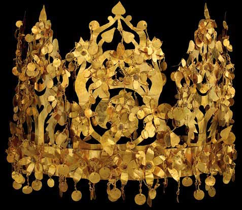 Gold crown, Tillya Tepe, 1st century C.E. (National Museum of Afghanistan) © Thierry Ollivier / Musée Guimet