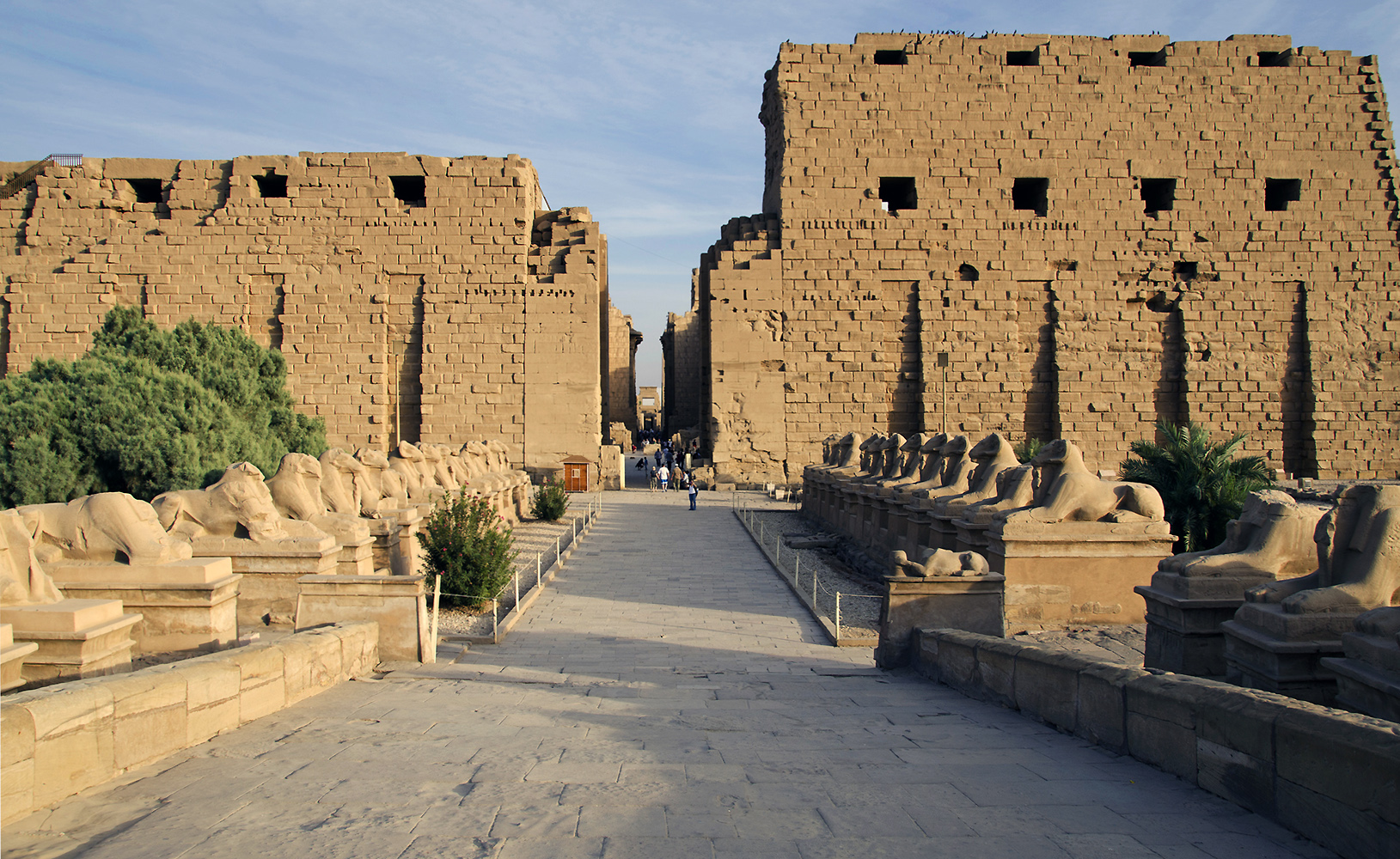 View of sphinxes, the first pylon, and the central east-west aisle of Temple of Amon-Re, Karnak in Luxor, Egypt (photo: Mark Fox, CC: BY-NC 2.0)