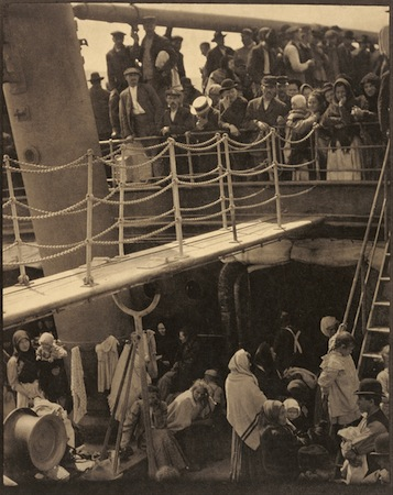 Alfred Stieglitz, The Steerage, 1907, photogravure, 33.5cm x 26.4cm , (J. Paul Getty Museum)