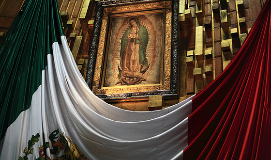Virgin of Guadalupe, 16th century, oil and possibly tempera on maguey cactus cloth and cotton, Basilica of Guadalupe, Mexico City (photo: Esparta Palma, CC BY 2.0)