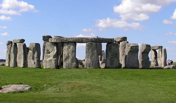 Stonehenge, c. 3,000 B.C.E., Salisbury Plain, England