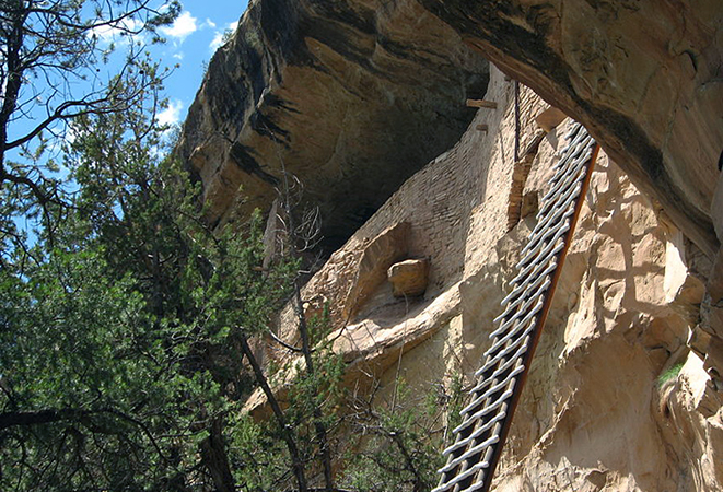 Ladder to Balcony House, Mesa Verde National Park (photo: Ken Lund, CC BY-SA 2.0)