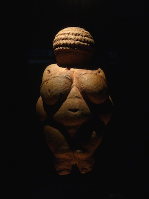 "Nude Woman (Venus of Willendorf), c. 28,000-25,000 B.C.E., Limestone, 4 1/4"" high (Naturhistorisches Museum, Vienna), photo: Steven Zucker (CC BY-NC-SA 2.0)"