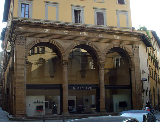Alberti (?), Loggia Rucellai (now glassed in), Florence (Italy) (photo: Sailko)