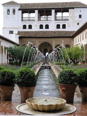 Court of the Long Pond, Generalife (photo: Darren, CC BY-NC 2.0)